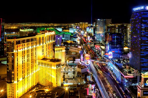 Sin City might be a tempting retirement option for people who are drawn to the city's glitz and glam. However, with one of th