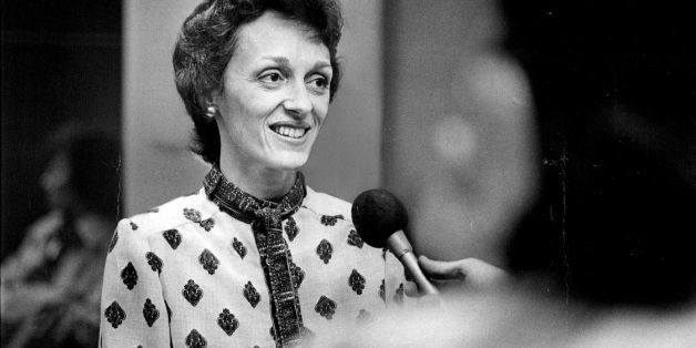 10.22.1978, OCT 24 1978; Mrs. Joan (Walter) Mondale Attends Girl Scout Convention Opening; Mrs. Mondale Meets The Press.;  (P