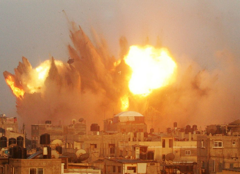 Violence breaks out between Israel and Palestinian militants in the Gaza Strip.