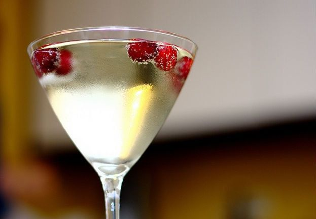 Pear Vodka Drinks 4 Drink Ideas From A Bartender Huffpost