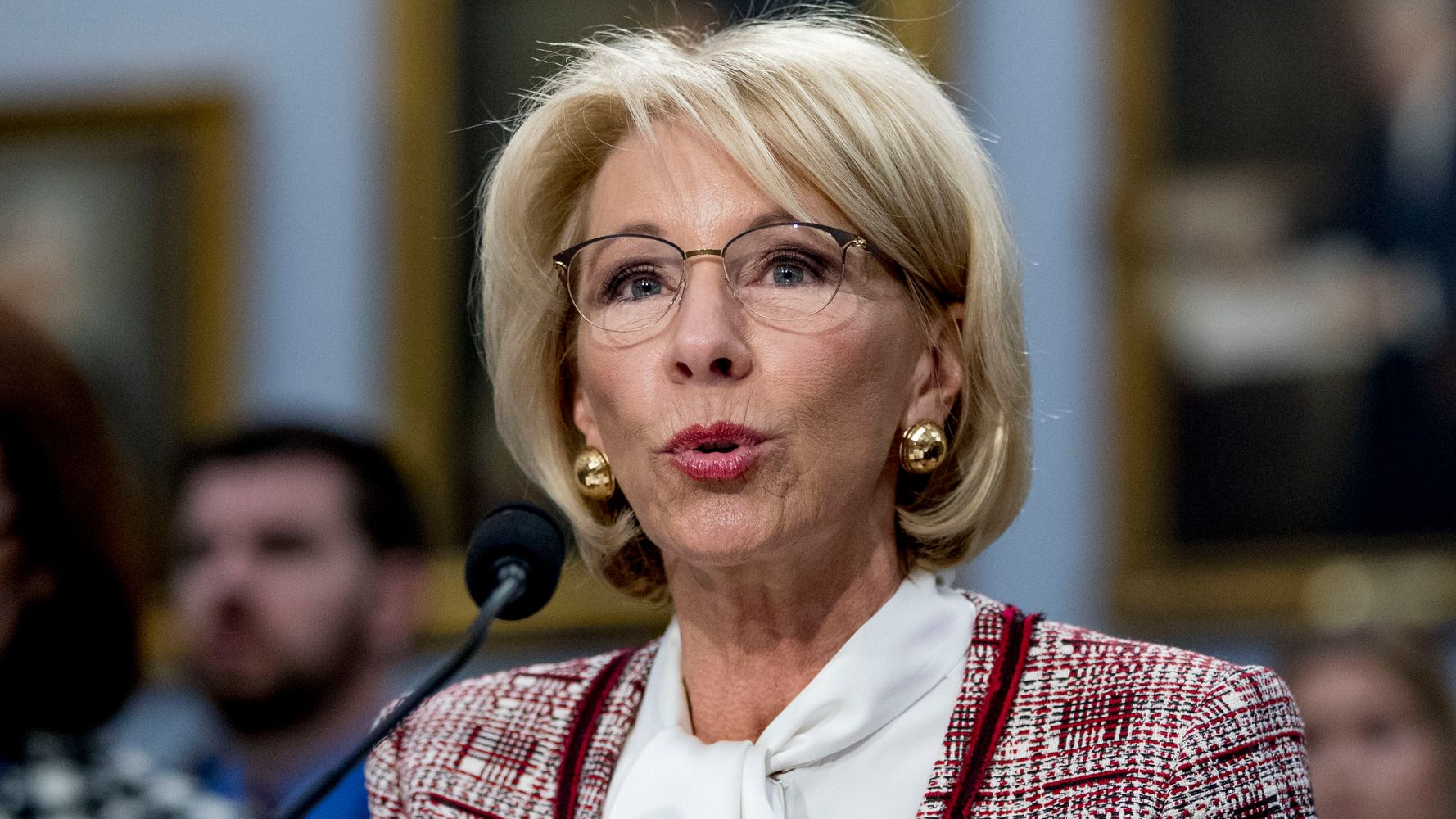 The Betsy Devos Hearing Was Insult To >> Shame On You Betsy Devos Slammed For Trying To Defund