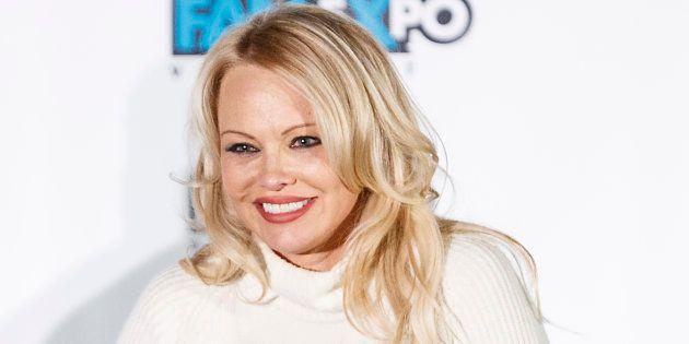Pamela Anderson appelle à la fin des programmes de télé-réalité (Vancouver,