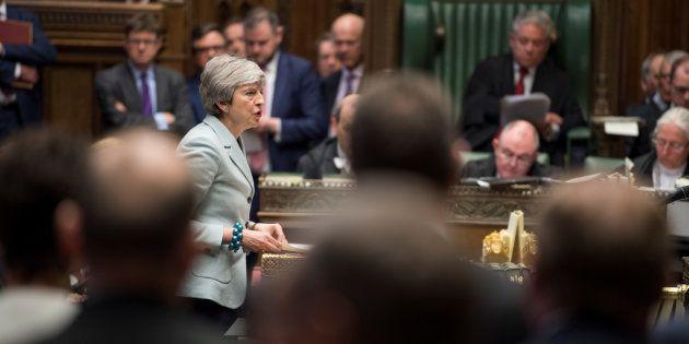 Brexit: Nouveau camouflet pour Theresa May, les députés britanniques ont votéun amendement leur permettant...