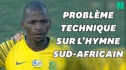 L'hymne national sud-africain interrompu... par un