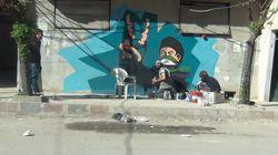 Ce street artist a continué à graffer sous les bombardements
