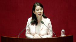 신보라 의원이 6개월 아들과의 '국회 동반 출석'을 추진하는