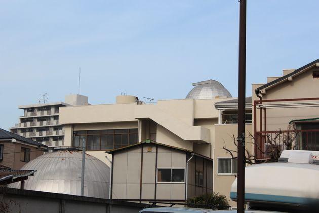 多文化共生センターは路地のそばにある