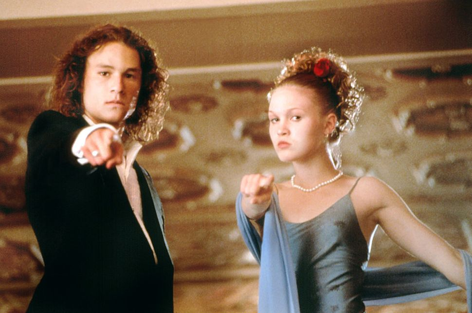 10 Things I Hate About You Scenes: The Full Story Behind Heath Ledger's Famous Bleacher Scene