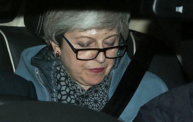 ¿Por qué May ha ofrecido su dimisión a cambio de que se apruebe su acuerdo del