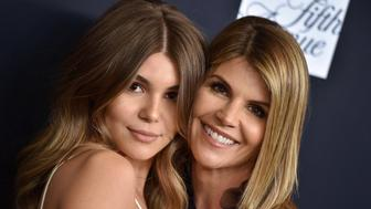 BEVERLY HILLS, CA - FEBRUARY 27:  Actress Lori Loughlin and daughter Olivia Jade Giannulli attend Women's Cancer Research Fund's An Unforgettable Evening Benefit Gala at the Beverly Wilshire Four Seasons Hotel on February 27, 2018 in Beverly Hills, California.  (Photo by Axelle/Bauer-Griffin/FilmMagic)