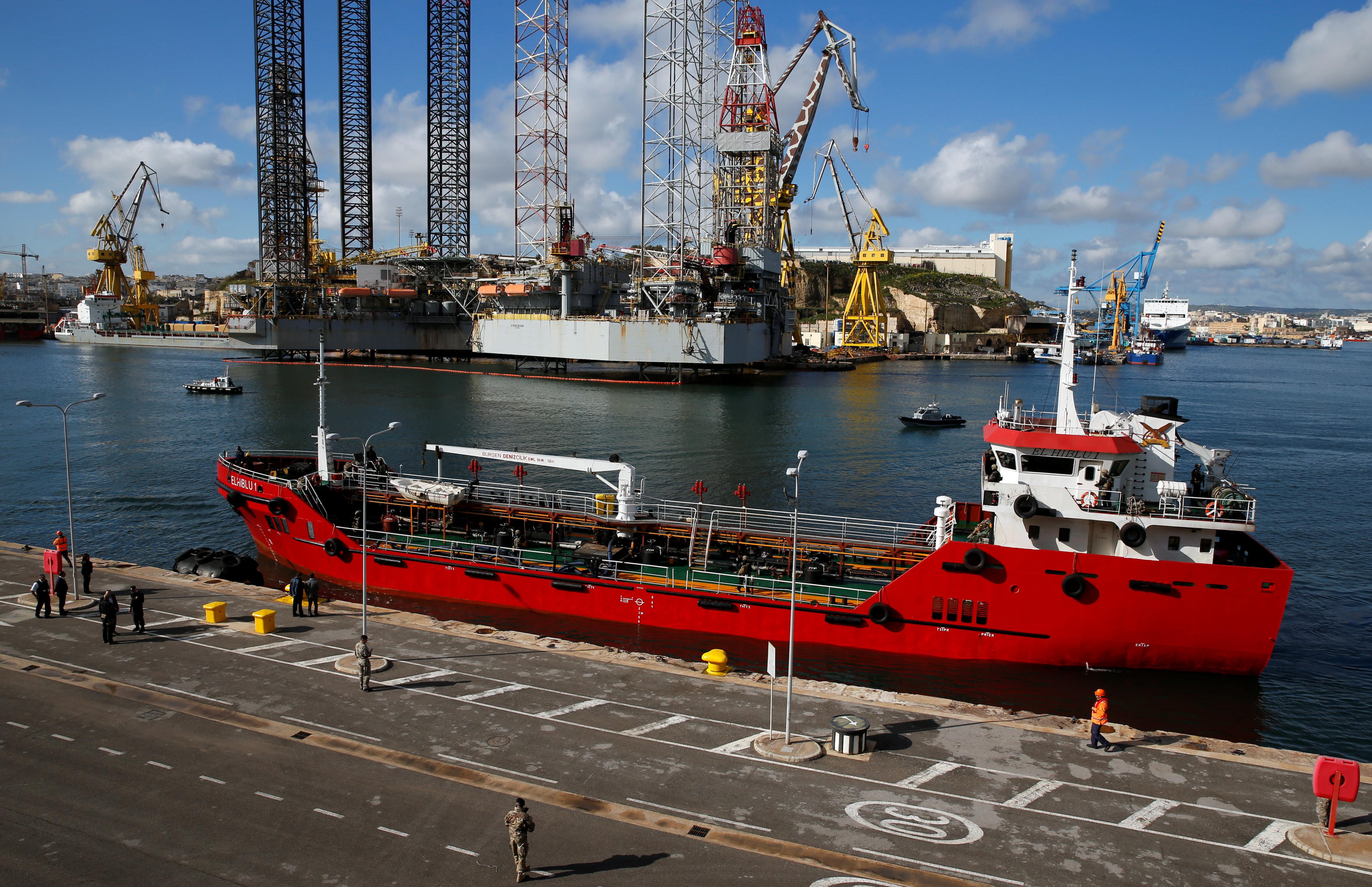 Des migrants détournent un pétrolier qui les ramenait en Libye et arrivent à Malte sous