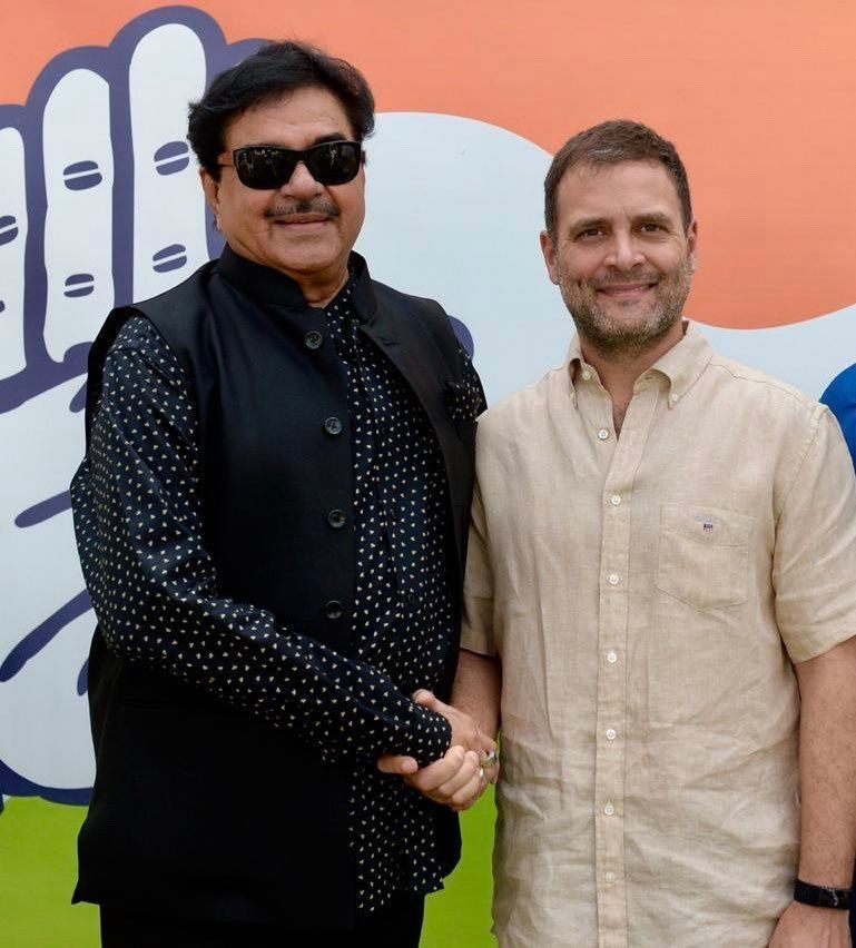 Shatrughan Sinha Meets Rahul Gandhi, Likely To Join Congress On 6