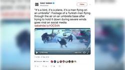 Ο ιπτάμενος Τούρκος: Πάνω σε ομπρέλα, εν τω μέσω