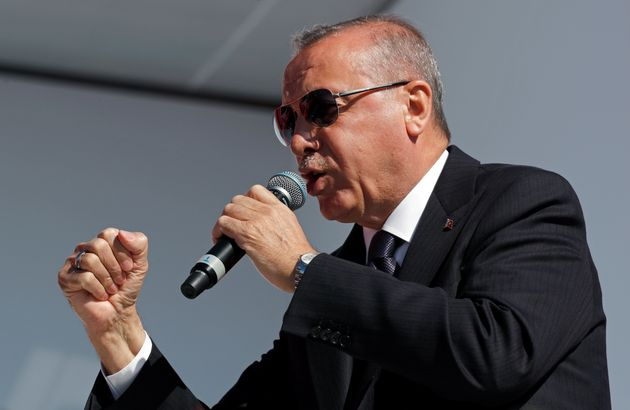 Ο Ερντογάν σήμανε συναγερμό για την τουρκική λίρα: Ζητάει επειγόντως μείωση