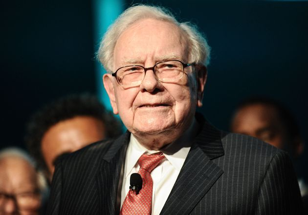 Famed investor Warren Buffett has urged states to stop relying on high-risk, high-fee alternative investments,...