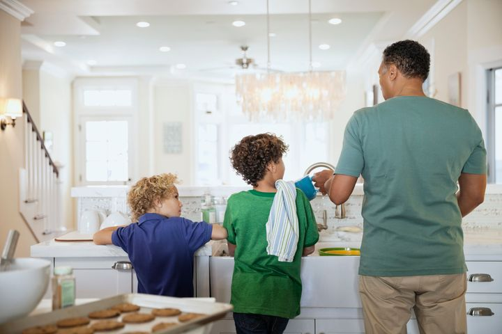 HuffPost chatted with parents and child development experts for guidance on whether caretakers should pay kids for chores.
