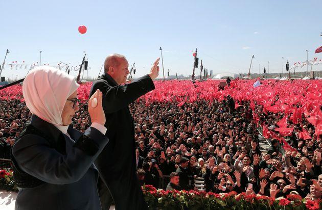 Τουρκία - Δημοτικές εκλογές: «Παίζονται» Αγκυρα, Κωνσταντινούπολη και το αήττητο του