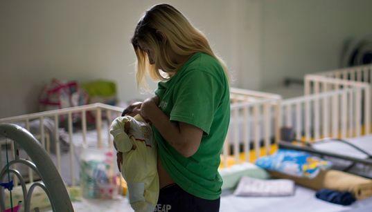 Mesmo com decisão do STF, mães enfrentam dificuldade para ter prisão