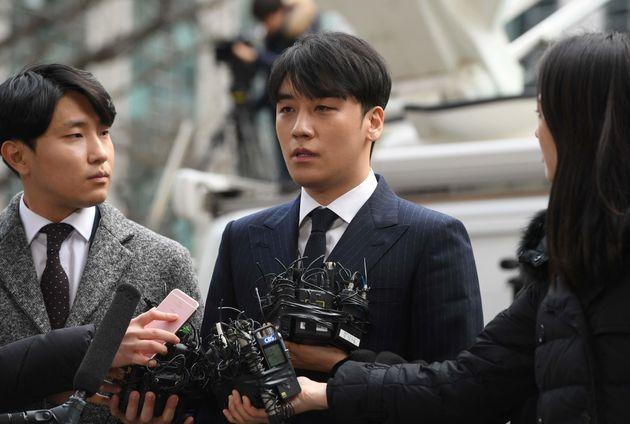 トップアイドルであるBIGBANGのメンバーであるV.I(スンリ)が韓国社会にもたらした衝撃とは