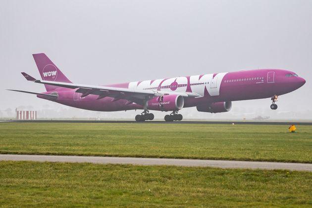アイスランドの格安航空「ワオエアー」の機体の写真