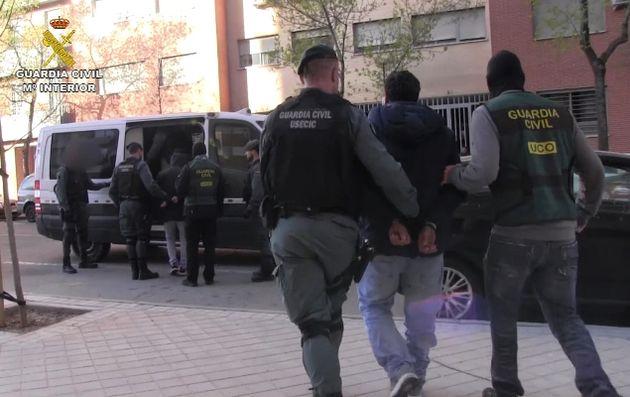 8 personnes ont été arrêtées et 57 véhicules