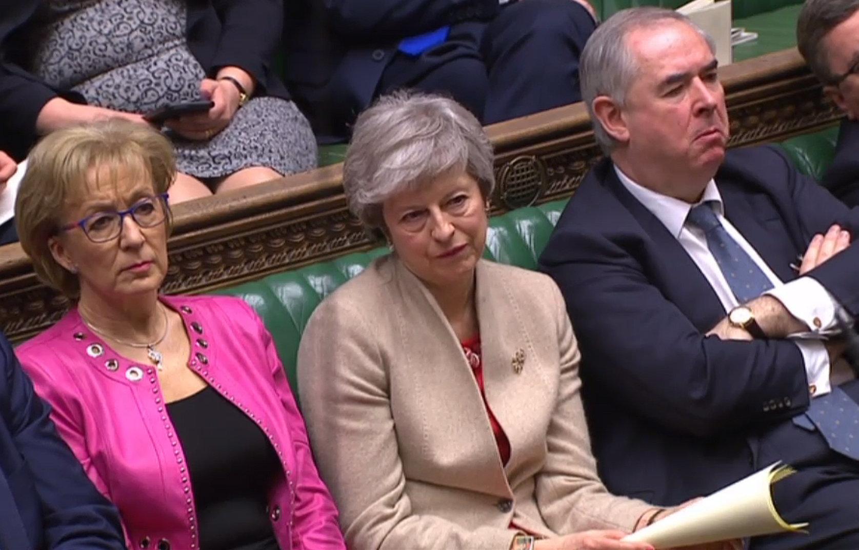 ¿Qué se vota hoy en el Parlamento británico? ¿Qué pasa si gana May? ¿Y si