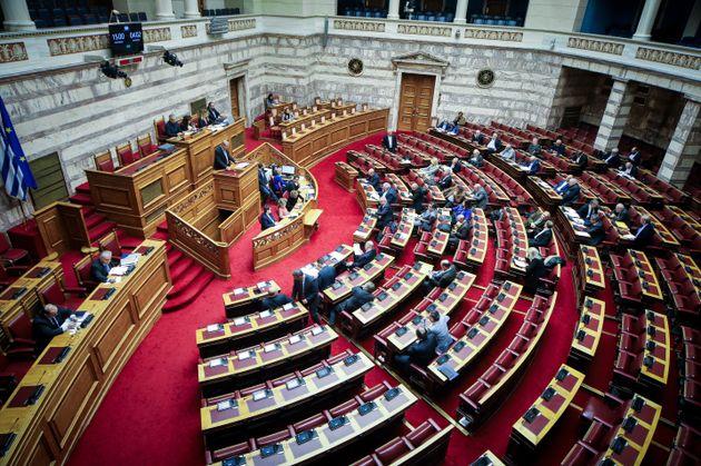 Ψηφίστηκε με πλειοψηφία η τροπολογία για την πρώτη