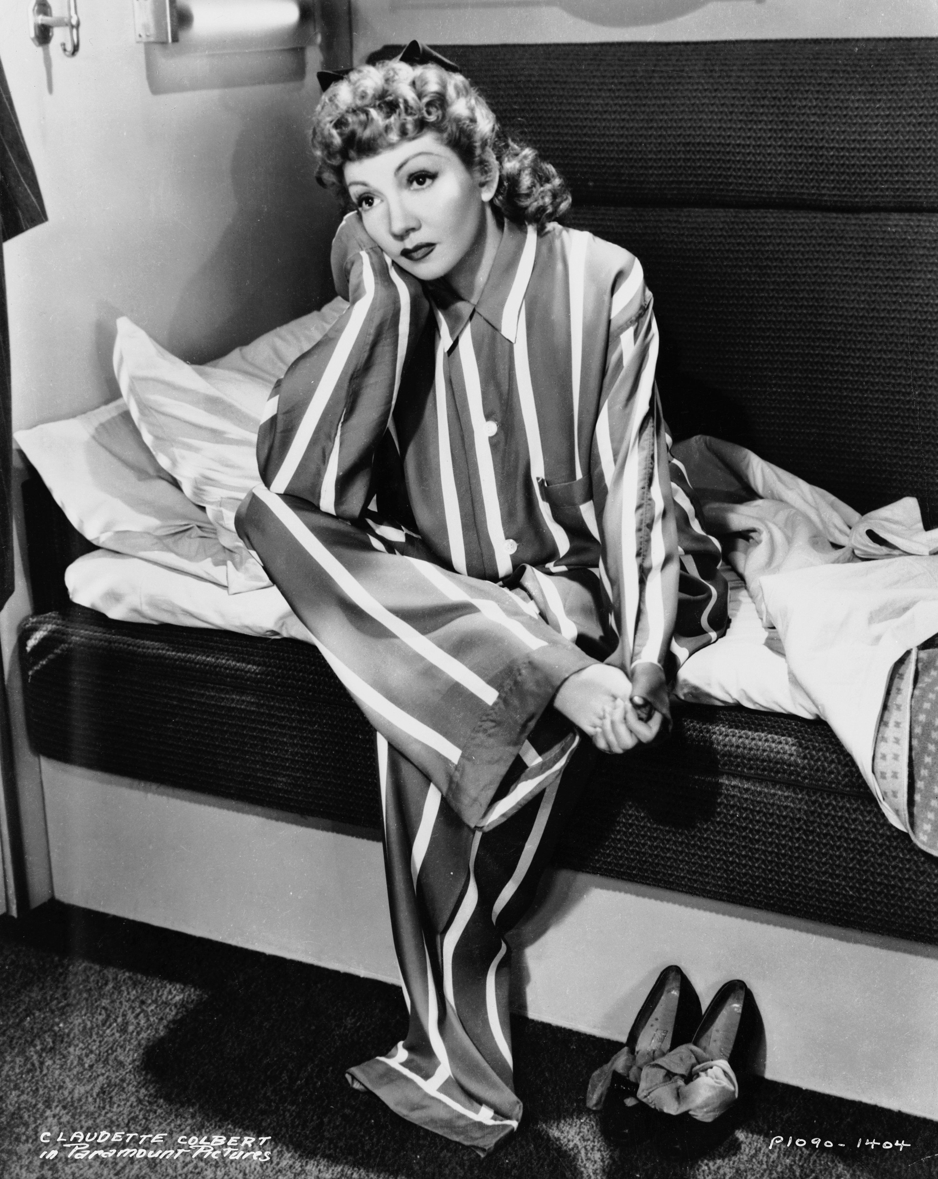 Vintage Hollywood Photos Of Gorgeous Sleepwear Huffpost Life
