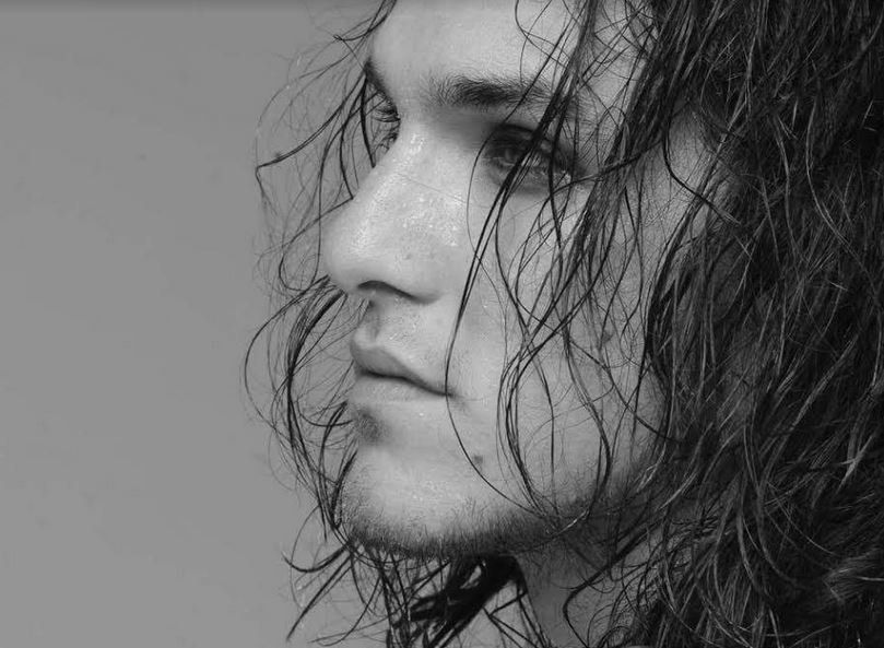 Αιμιλιανός Σταματάκης: Κρατάω μια απόσταση από το χαριτωμένο, με έλκει το