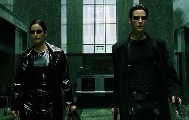 'Matrix' 20 anos: Com filosofia, porrada e efeitos, filme previu dilemas das redes