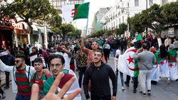 Les Algériens ont défilé en masse contre le régime de