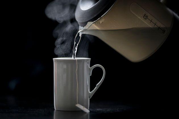 Ερευνα: Το καυτό τσάι αυξάνει τον κίνδυνο για καρκίνο του