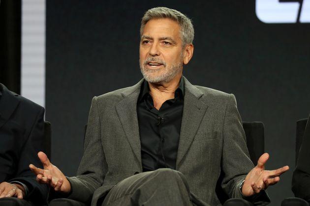 Lapidation des homosexuels à Brunei: Clooney appelle à boycotter neuf palaces à...