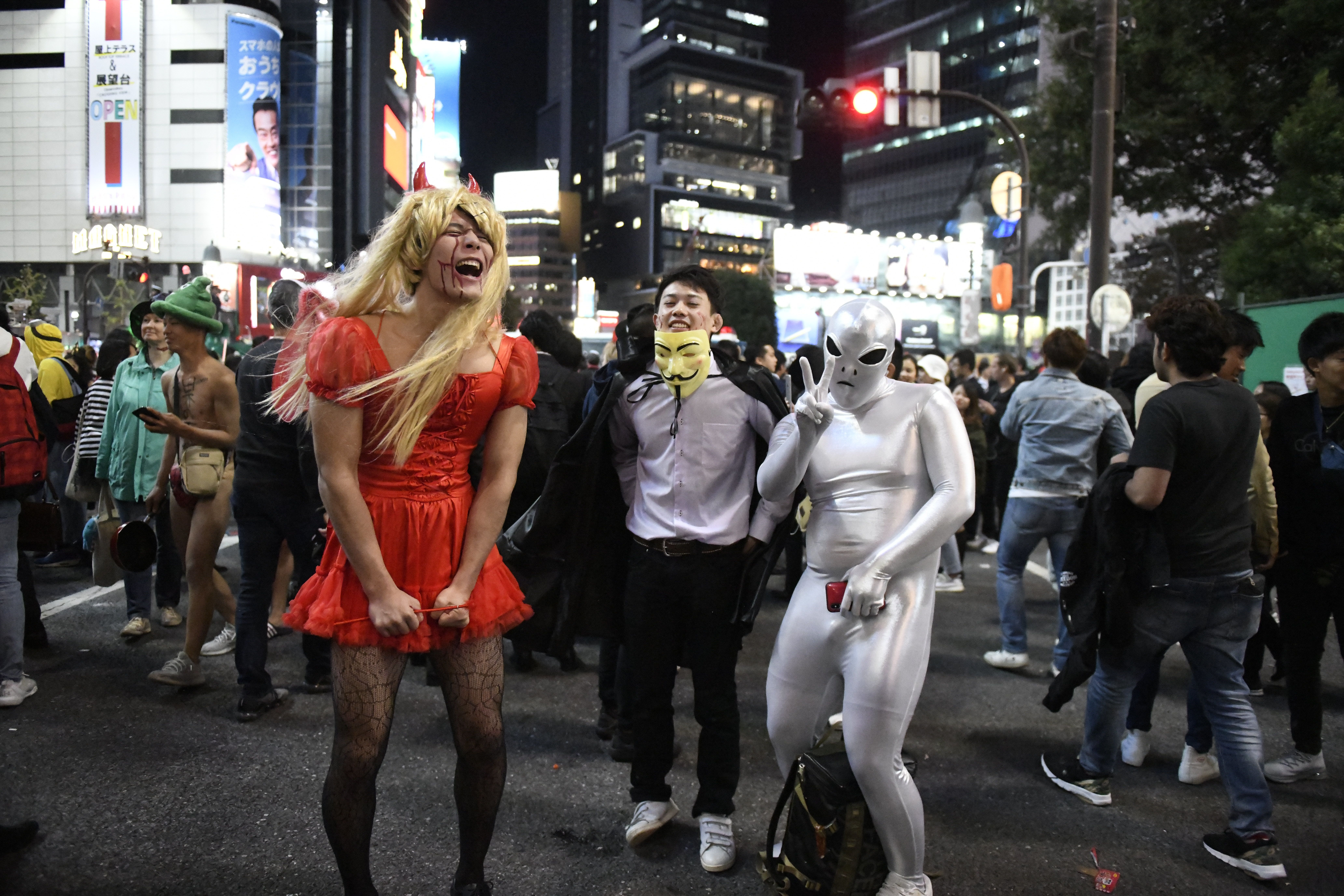 Revellers dressed in Halloween costumes gather at Shibuya crossing at Halloween night on October 31, 2018, Tokyo, Japan.  (Photo by Richard Atrero de Guzman/NurPhoto via Getty Images)