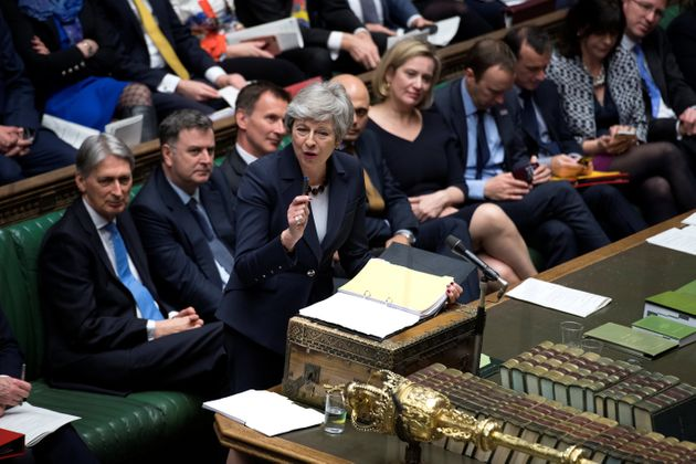 Τέταρτη προσπάθεια της Μέι να πείσει το Βρετανικό Κοινοβούλιο. Τι θα γίνει αν δεν τα