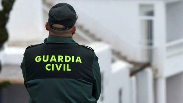 La Guardia Civil libera a un secuestrado y lo detiene minutos