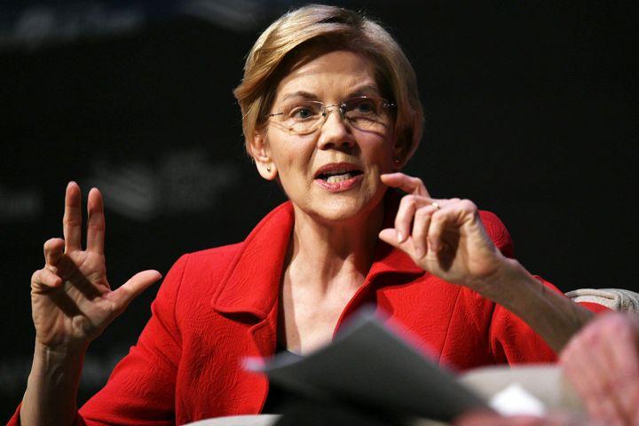 Elizabeth Warren speaks at the Heartland Forum in Storm Lake, Iowa, on March 30, 2019.