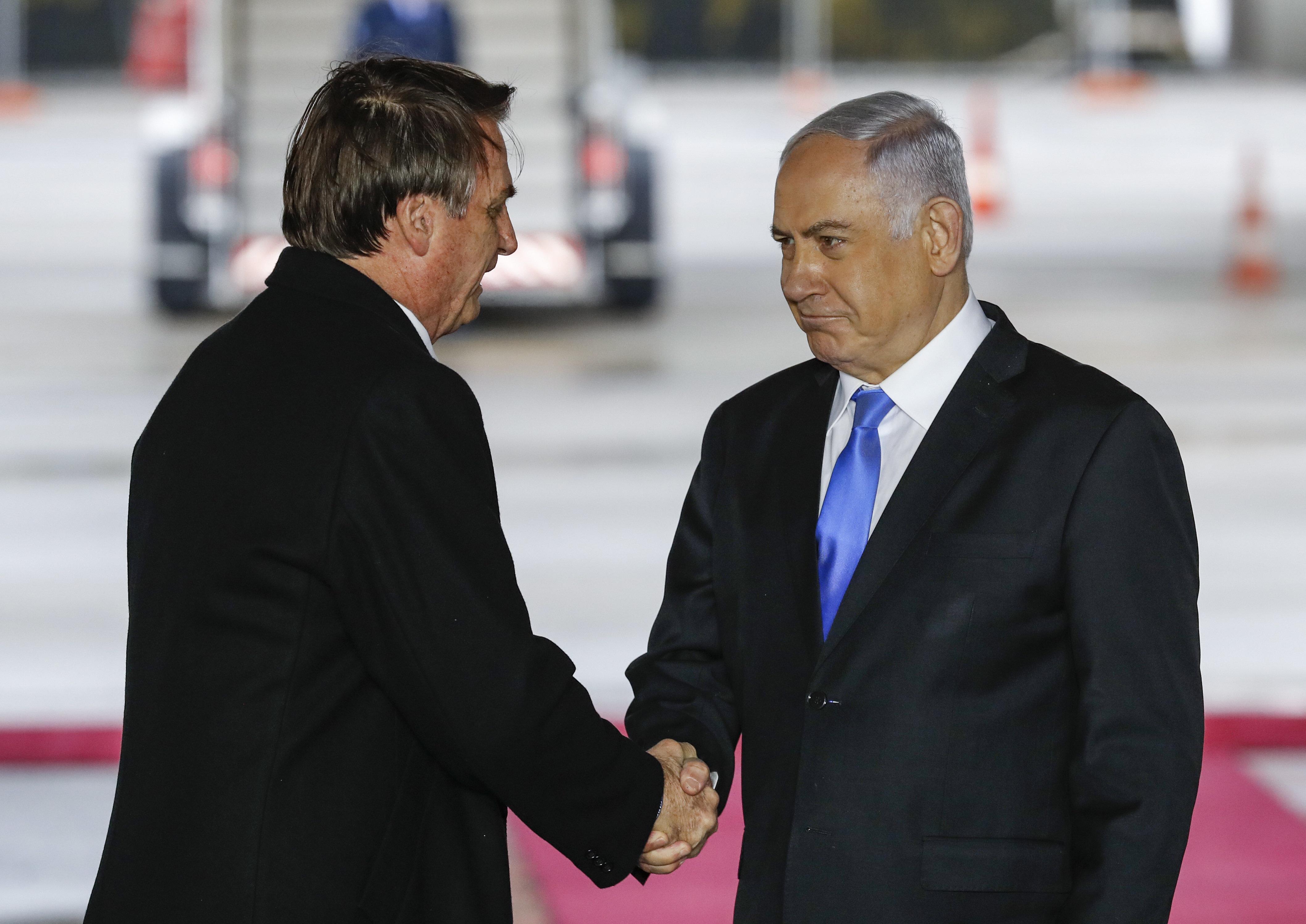 Em visita à Israel, Bolsonaro promete fortalecer relação