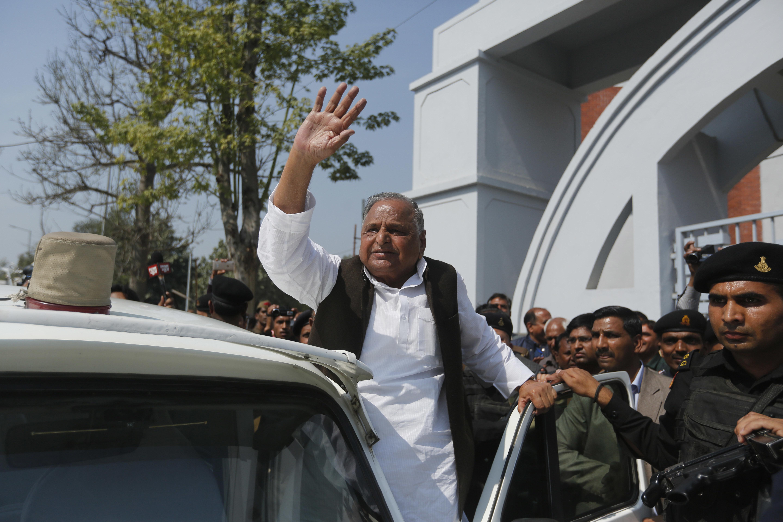Elections 2019: Mulayam Singh Yadav Files Nomination From