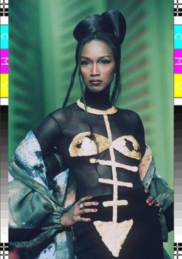 Katoucha Niane, l'un des premiers mannequins noirs à défiler pour Yves Saint-Laurent dans les années