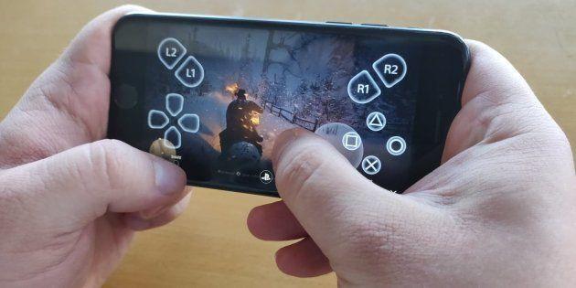 Il est maintenant possible de jouer à la PlayStation 4 sur son iPhone et son iPad grâce à l'application...
