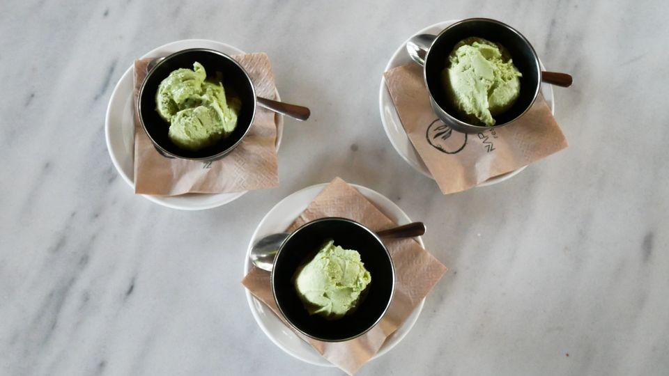 Η σεφ που δημιούργησε το πρώτο παγωτό κάνναβης στην