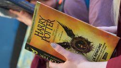 Un grupo de sacerdotes católicos polacos quema los libros de 'Harry