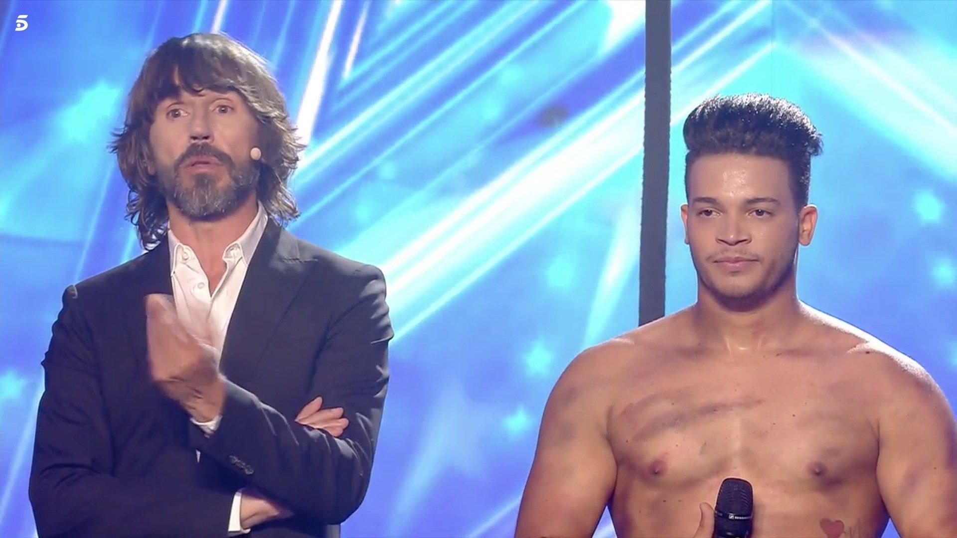 Lluvia de críticas a Santi Millán por un desafortunado chiste en la semifinal de 'Got