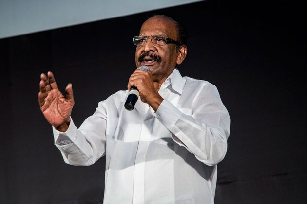 Iconic Director Mahendran Dies At 79, Tamil Film Industry Pays