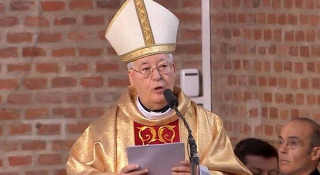 El obispado de Alcalá celebra cursos ilegales y clandestinos para