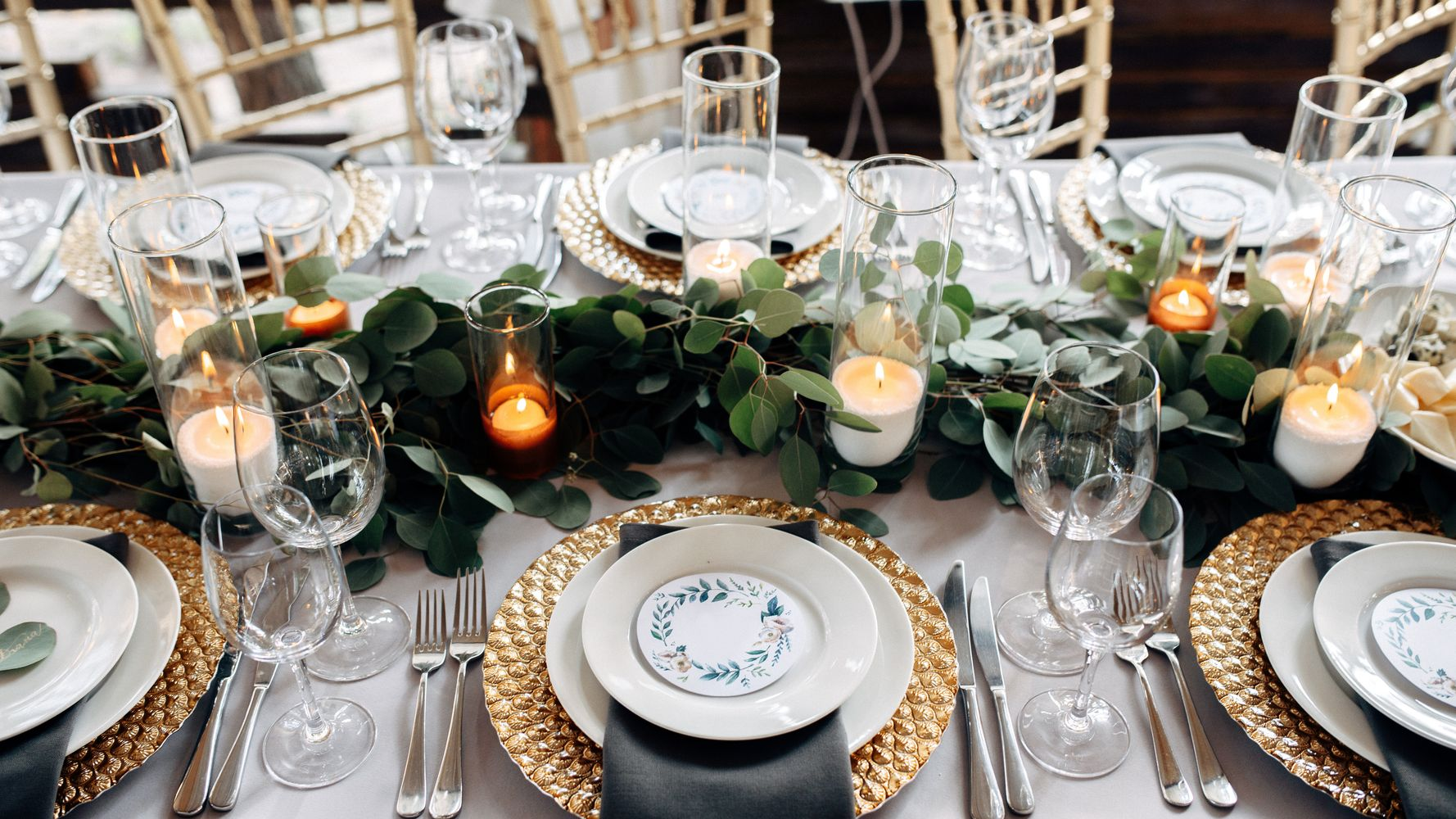 9 Unique Centrepieces And Table Decorations For A DIY Wedding