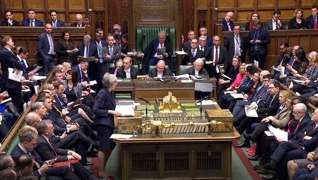 Imagen de la sesión plenaria de ayer en la Cámara de los Comunes, en