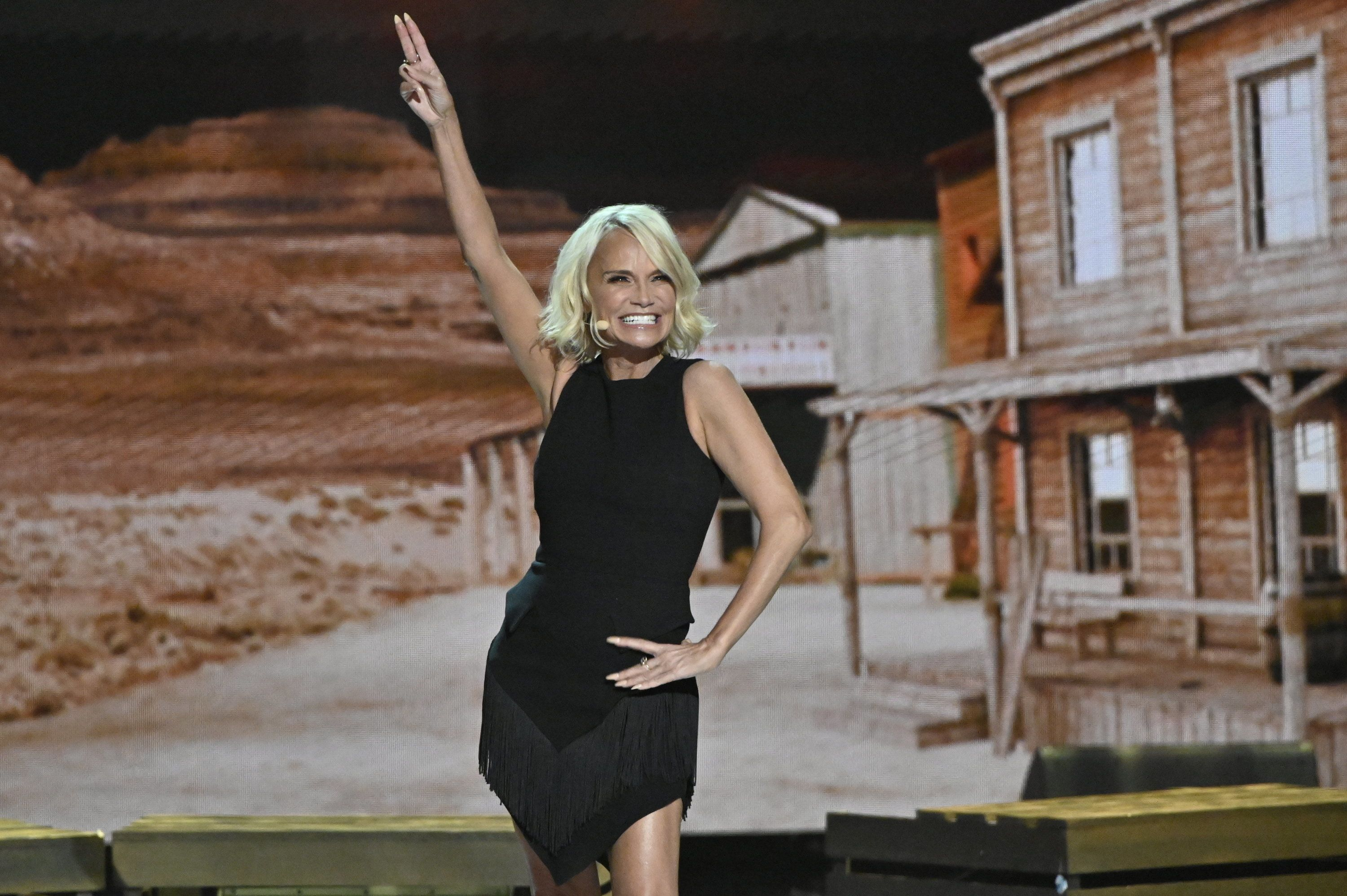 Kristin Chenoweth Reveals How She Copes With Migraines At Work