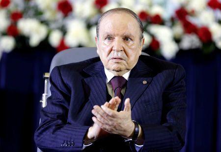 Abdelaziz Bouteflika lors d'une cérémonie à Alger en